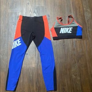 NIKE COLOR BLOCK ATHLETIC LEGGING AND SPORTS BRA